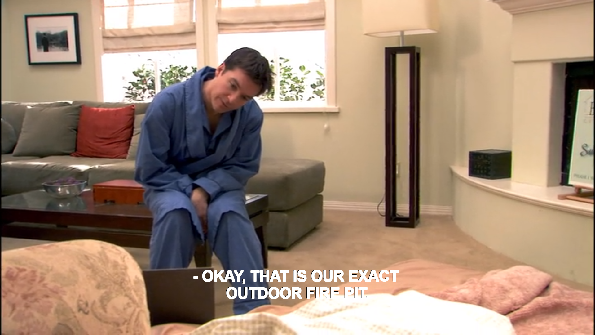 Bluth outdoor firepit